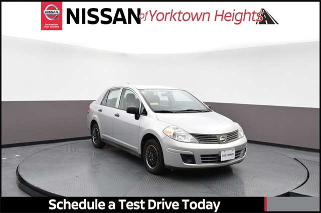Pre-Owned 2009 Nissan Versa 1.6